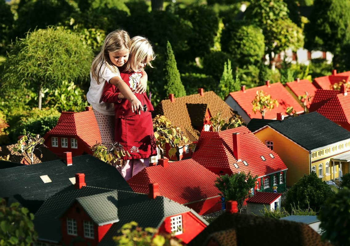 kids miniland