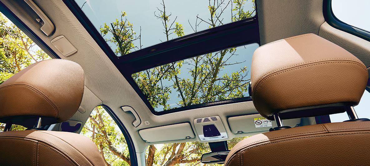 panoramiczny szklany dach